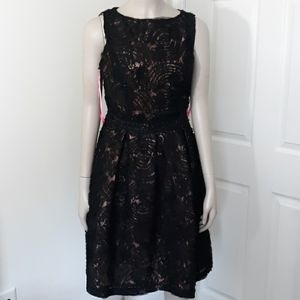 "Isaac Mizrahi New York Dress 26"" Waist Black/Pink"
